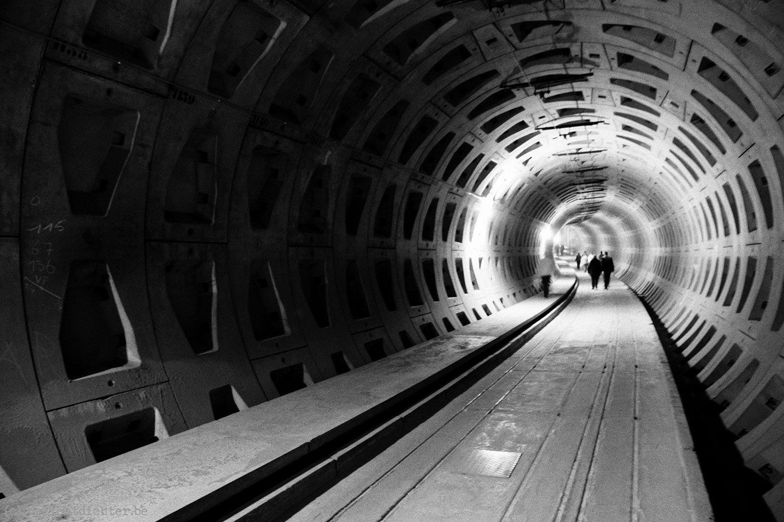 2009_04_tunnelevent_20090405_112211_zw-w
