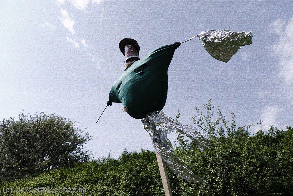 2009_04_vogelverschrikkersinantwerpen_stenenbrug