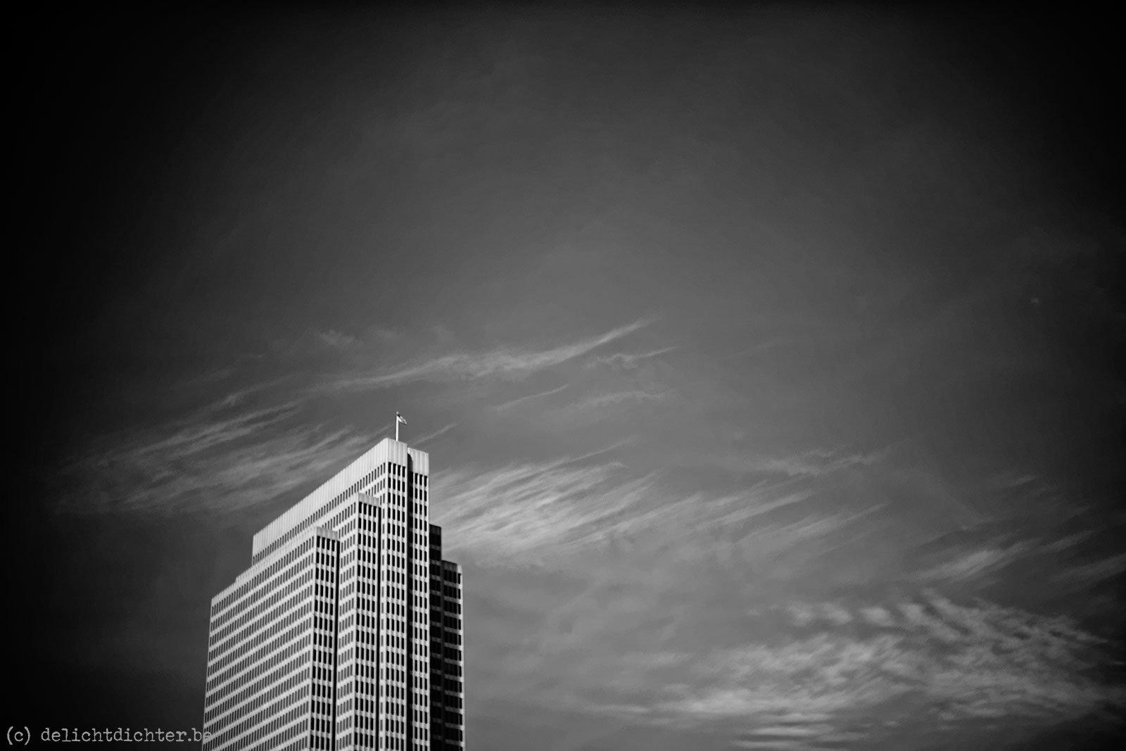 2015_10_p34