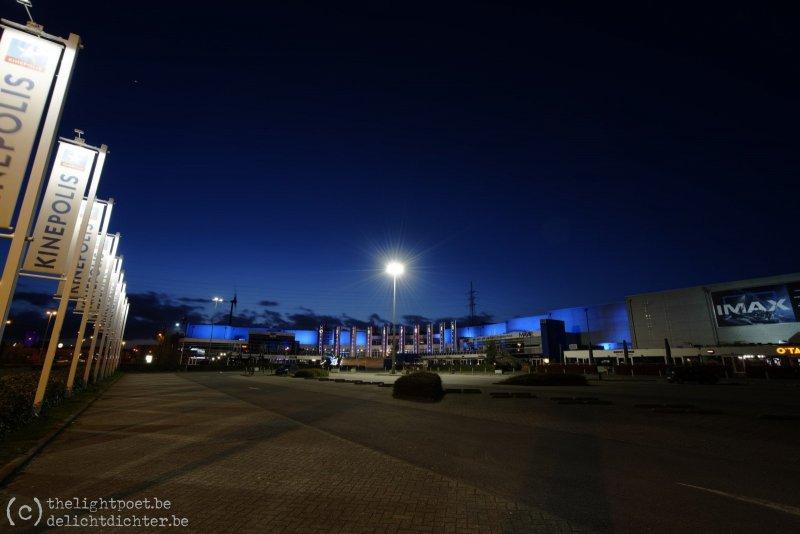 Zaterdagavond, rond 20h, een lege parking aan Kinepolis